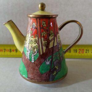 Geëmailleerd miniatuur theepotje, met de hand beschilderd