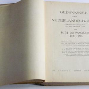 Gedenkboek van Nederlandsch-Indië 1898-1923