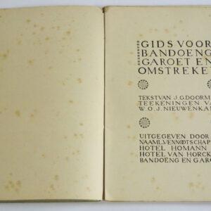 J.G. Doorman, W.O.J. Nieuwenkamp (tekeningen) – Gids voor Bandoeng, Garoet en omstreken